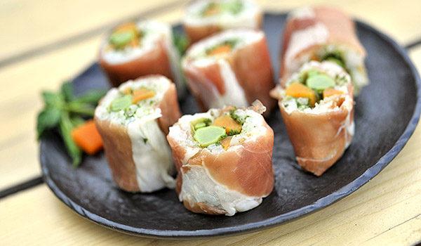Sushi – maki agli asparagi di monte
