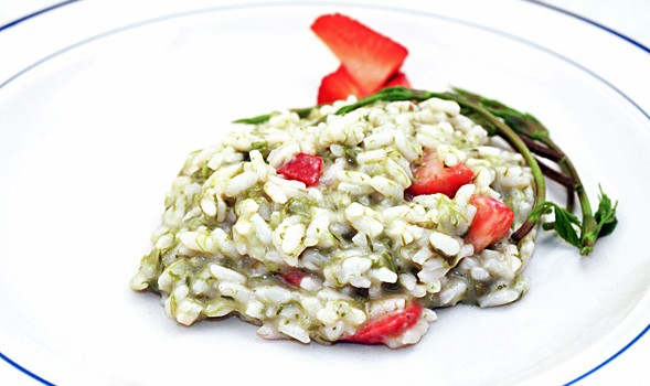 RISOTTO WITH WILD HOP SHOOTS AND STRAWBERRIES