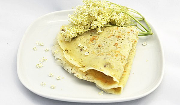 ELDERFLOWER CREPES